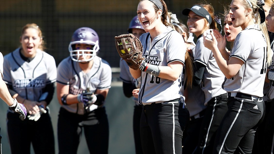 Softball Schedule Toughens Up With Trip To North Texas Abilene